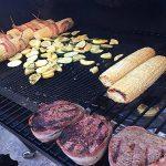 Aolvo antiadhésif BBQ Mat–Tapis de barbecue en maille filet et 2Tapis de grille pour barbecue Heavy Duty, réutilisable, antiadhésif et résistant à la chaleur Tapis de sol pour charbon de bois, électriques et grill à gaz FDA, sans PFOA, 1 pièce de la ma image 4 produit