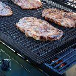 Mojidecor Tapis de grille pour barbecue (lot de 3) pour griller et cuisson, grill & Tapis de cuisson antiadhésif, barbecue et tapis de cuisson réutilisable sans PFOA, griller en maille résistant à la chaleur jusqu'à 500F (260℃)–idéal pour gaz de charb image 2 produit