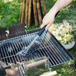 Navaris brosse à barbecue - Brosse en acier pour grill - Accessoire 3 en 1 de nettoyage en métal avec manche extra long - Nettoyeur pour BBQ four de la marque Navaris image 4 produit