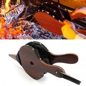 Soufflet de cheminée Bois Air Blower Cuir Fire Soufflet en fonte Brosse avec lanière de cuir à suspendre pour camping barbecue de la marque QTKJ image 0 produit
