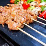 étoile Ssto Lot de 3grilles de barbecue Tapis anti-adhésif réutilisable Tapis de cuisson avec grille de 1brosses et 1Premium Pince en silicone pour griller la viande, légumes, fruits de mer, oeufs, de la marque STAR SSTO image 2 produit
